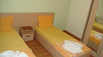 Marina Holiday Club Апартамент 2 спальни